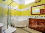 Toul-Kork-6-bedroom-villa-for-rent-in-Boengkâk-I-bathroom-4--ipcambodia