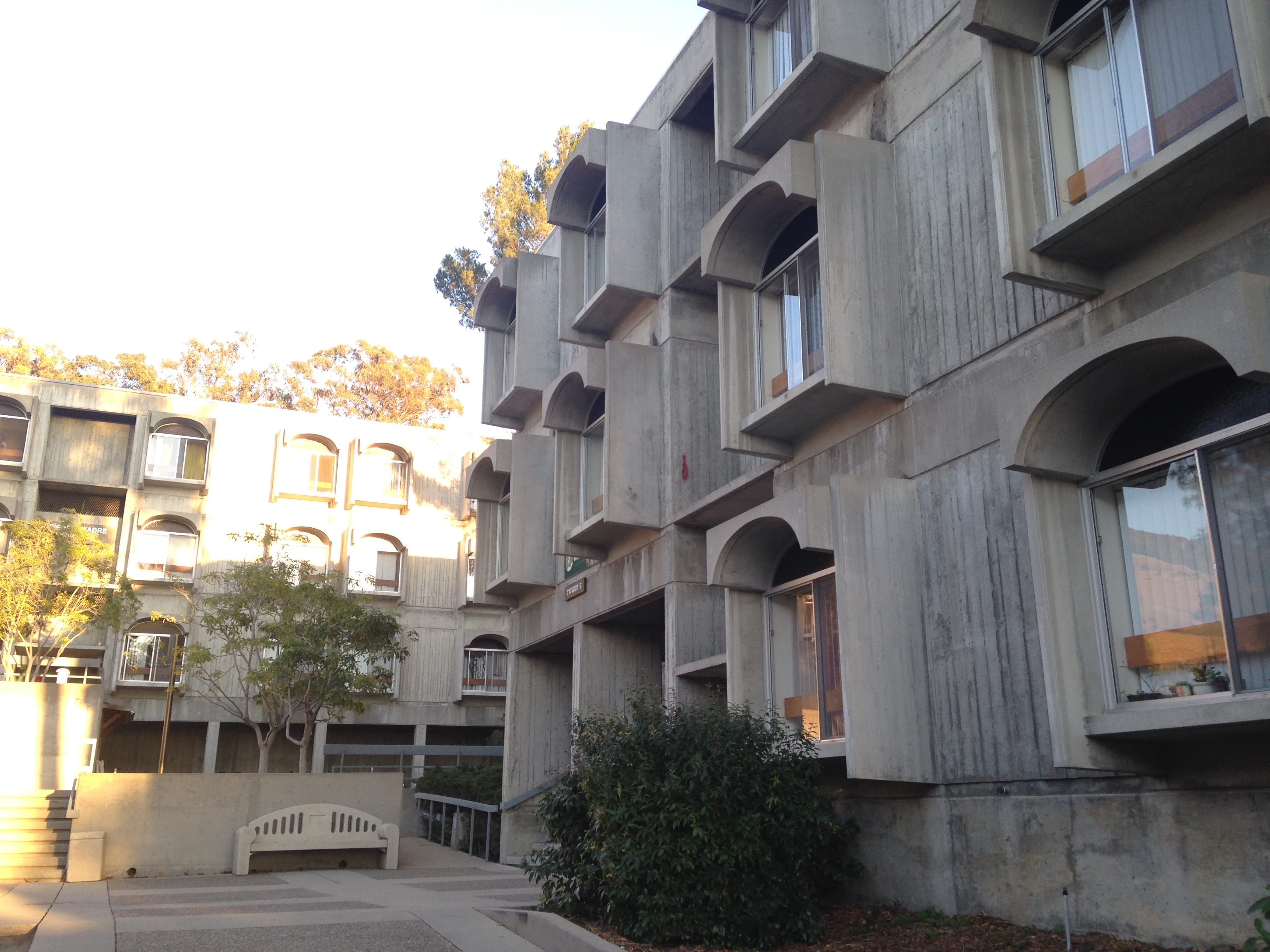Freshman Dorms: Fact or Fiction (Part 1: The Towers ... on Sierra College Dorms  id=42153