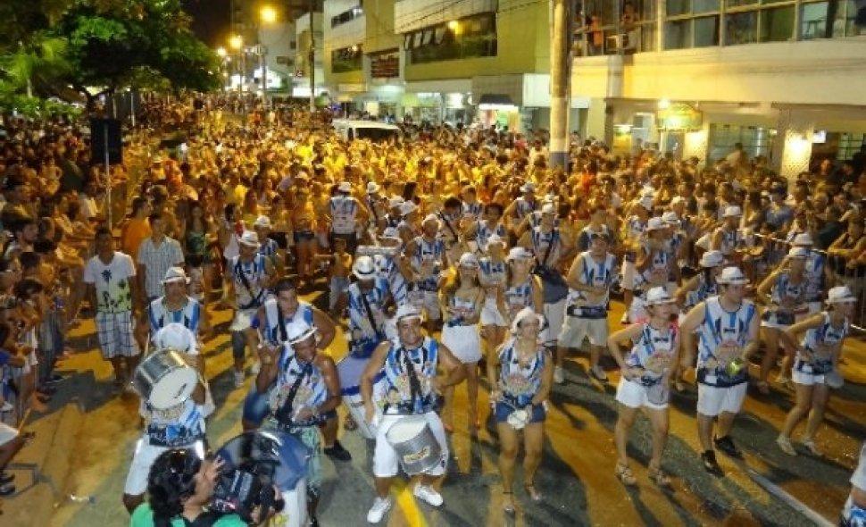 Liga Carnavalesca espera pelo menos oito mil foliões nos desfiles em Balneário Camboriú