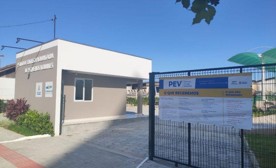 Balneário Camboriú passa a ter serviço permanente para descarte correto de eletroeletrônicos usados
