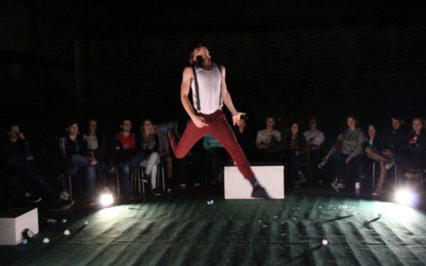 Show musical, teatro e exposição na programação da Ocupação Itajaí Criativa