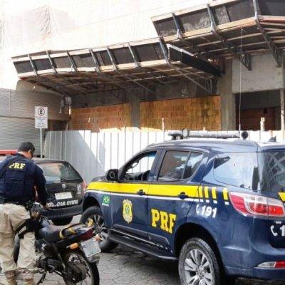 Homem é preso na BR-101 com moto furtada há um mês em Balneário Camboriú