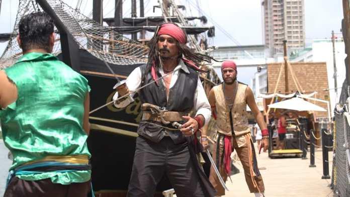 Barco Pirata é a atração mais antiga e tradicional de Balneário Camboriú