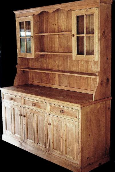 Traditionally designed dresser