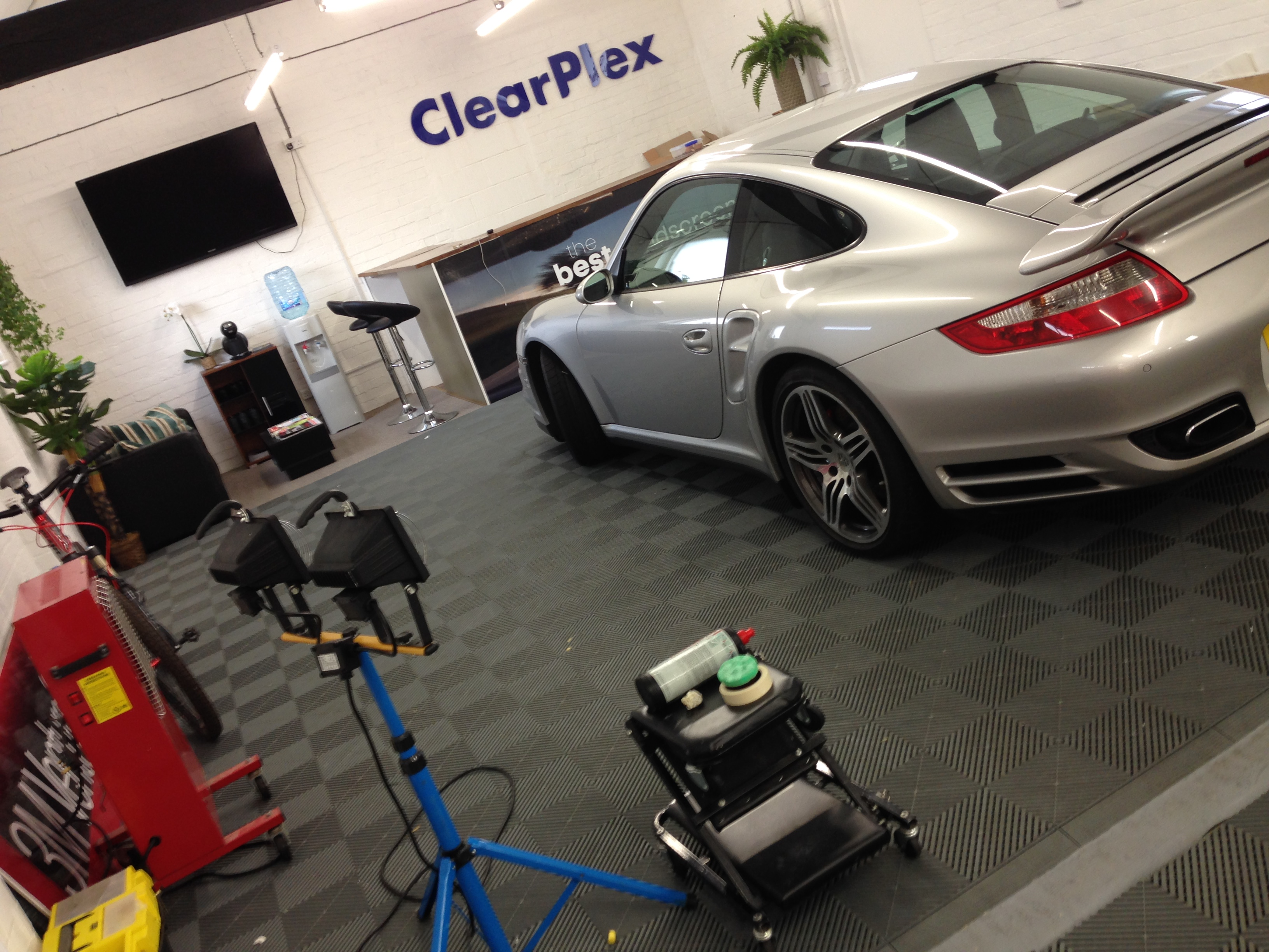 Car Detailing Workshop & Courses - How to detail your car?