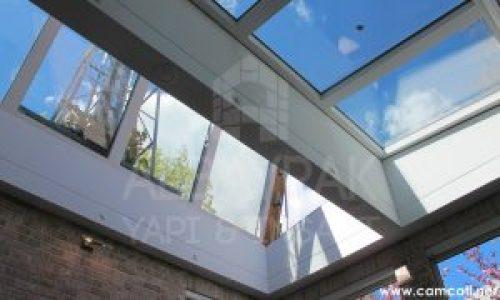 acilir cam cati 1 1 300x180 - Açılır Cam Çatı