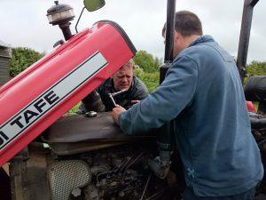 tractor-repair-camelcsa-230514