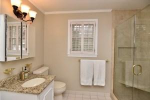 928 Kearns Ave, Buena Vista, WS view of master bath