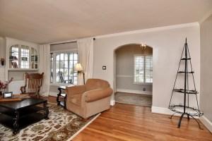928 Kearns Ave, Buena Vista, WS view of living room