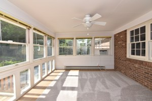 360 Stanaford, sun room