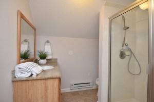 360 Stanaford, 2nd floor bath