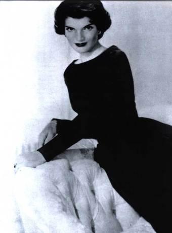 jacqueline_kenned2-basic-black-dress
