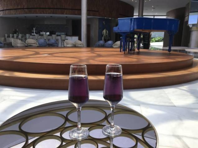 Purple fizz on arrival