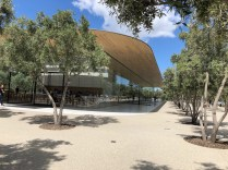 Apple Visitor Centre