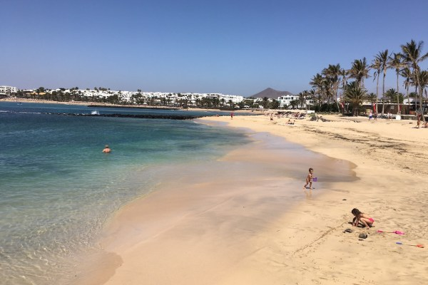 Beachfront Hotel Costa Teguise Offer