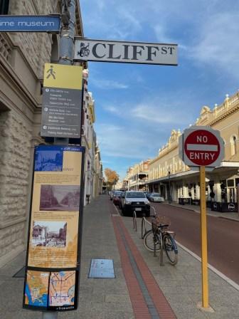 Cliff St