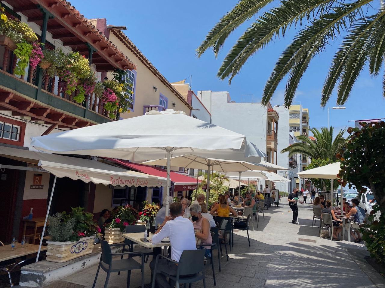 Balcony restaurants