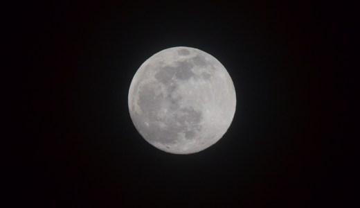 オリンパスPEN LITE E-PL7 手持ちで月の撮影をしてみよう