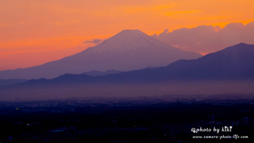 夕刻の富士山