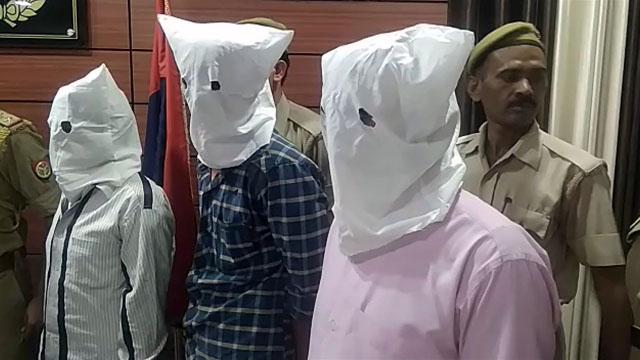 बहादुरपुर में हत्या करने वाले तीन आरोपी गिरफ्तार