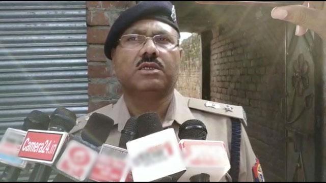 बहादुरपुर में युवक ने चाकू मारकर की हत्या