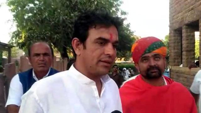 लुणी कांग्रेस प्रत्याशी के समर्थन में आए धर्मगुरु भोपा मदन सिंह