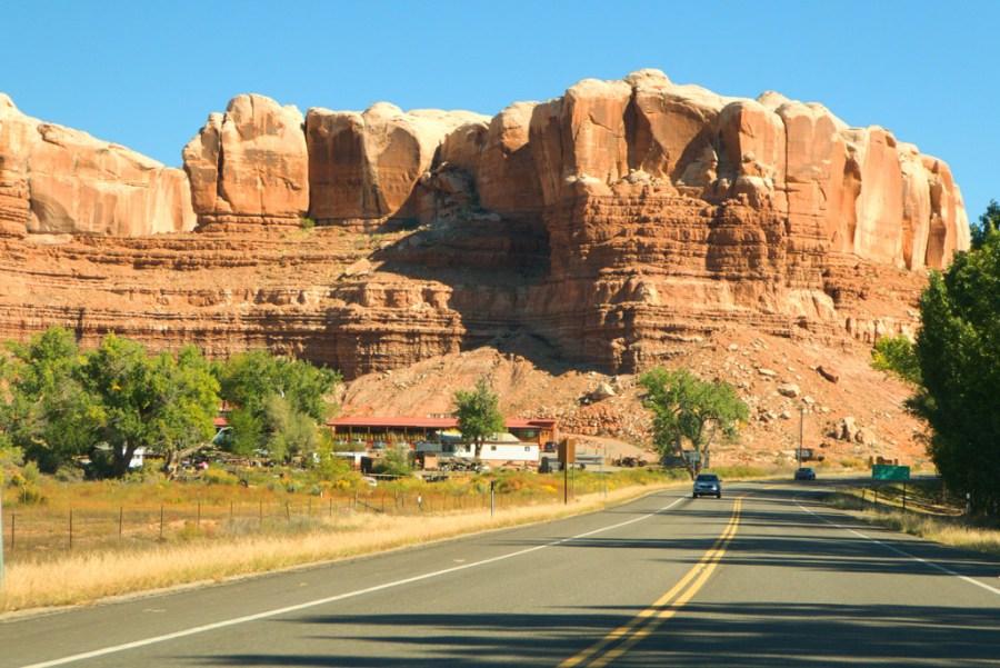 Driving into Bluff, Utah