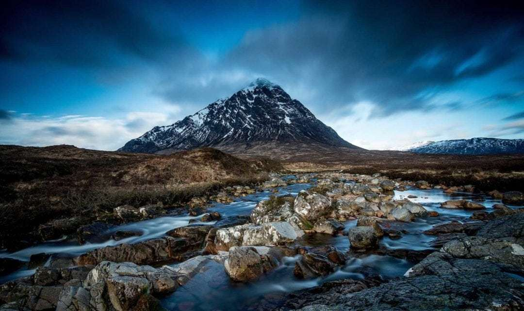 Best camera settings for shooting landscapes without a tripod
