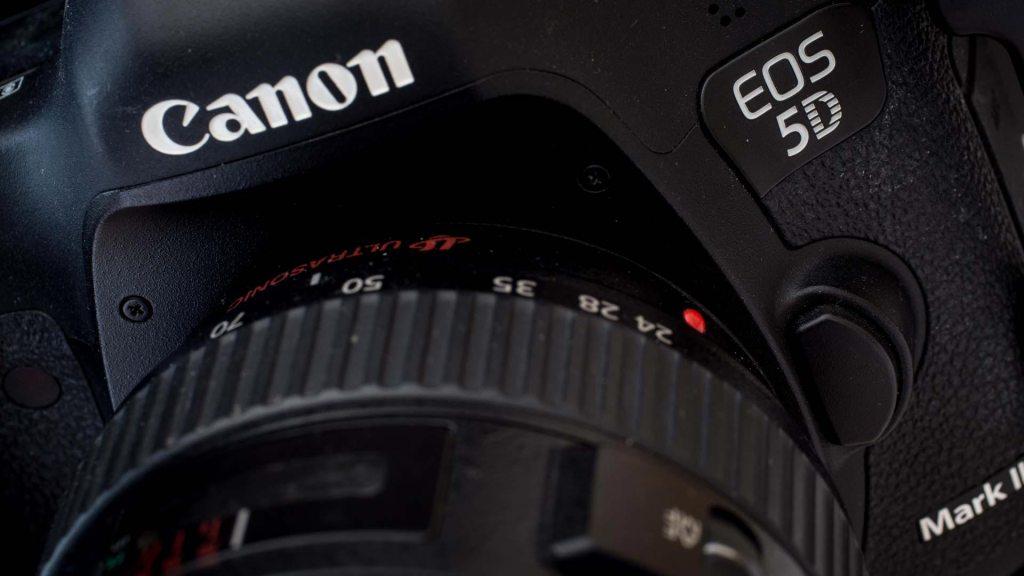 Canon_5DMarkIII__1