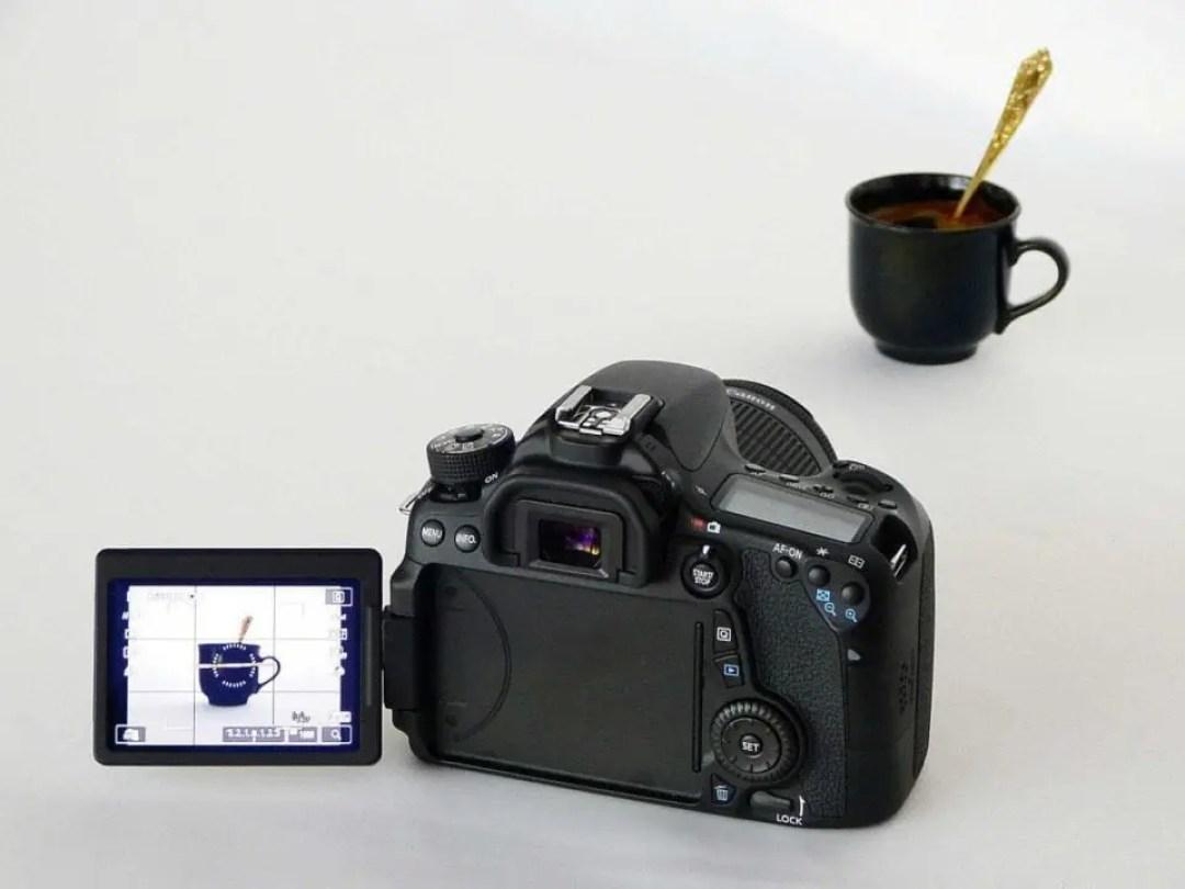 Digital Camera Tips: 04 Shutter button AF has its drawbacks