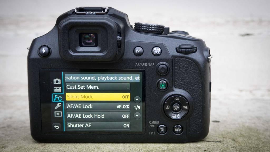 Panasonic FZ82 back