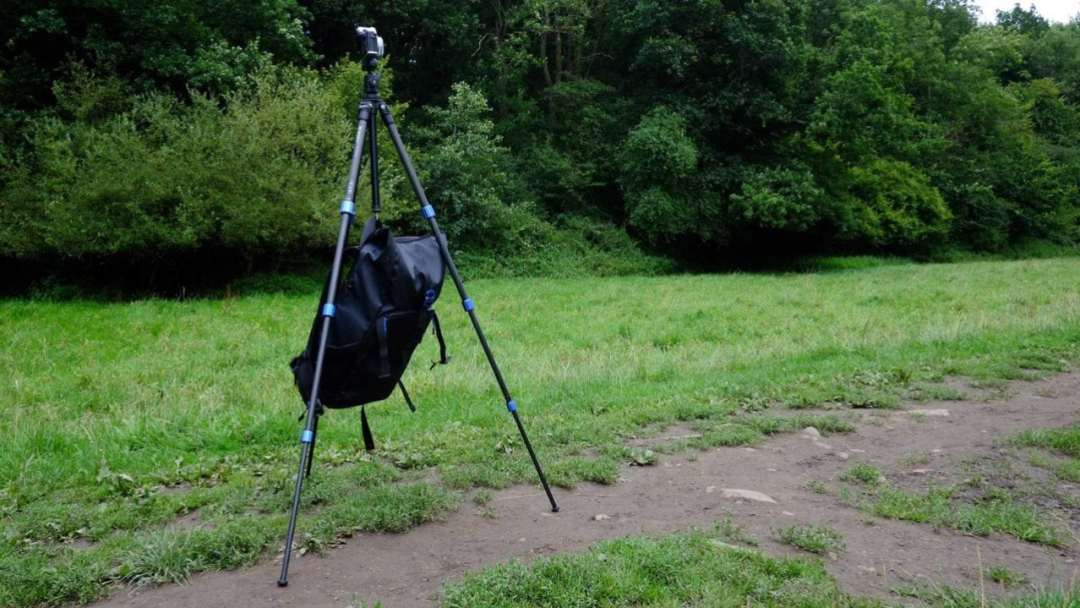 Advanced tripod tips: add some weight