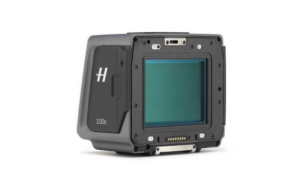 Hasselblad launches 100MP H6D-100c digital back with 15 stops dynamic range