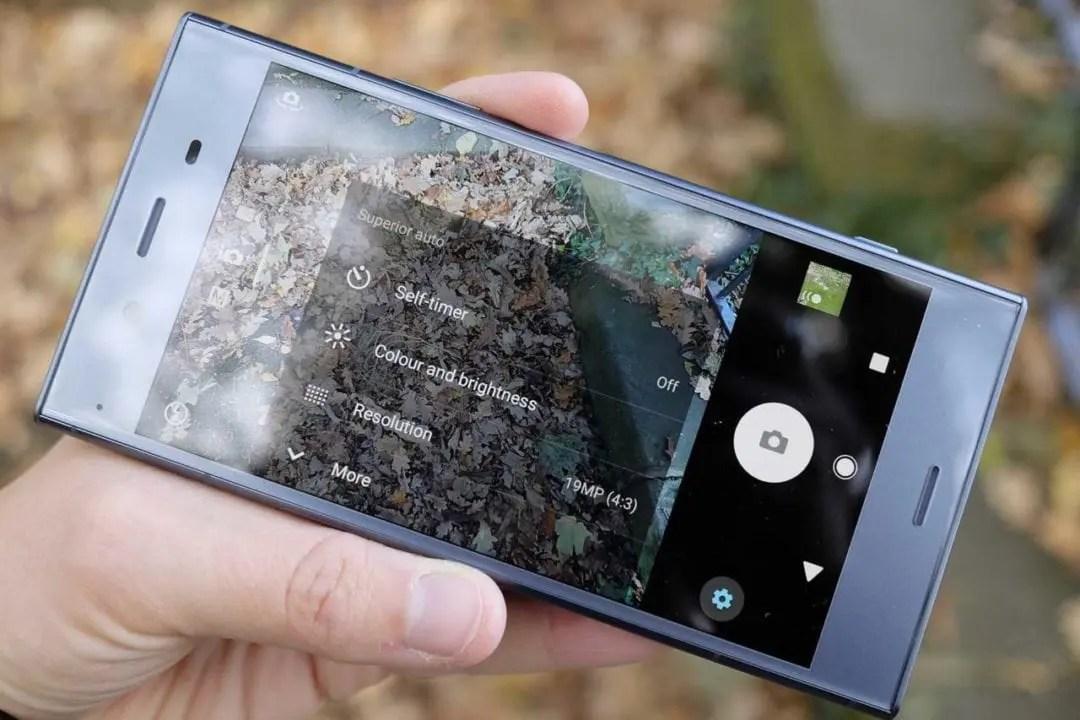 Sony Xperia XZ1 camera review: build & handling