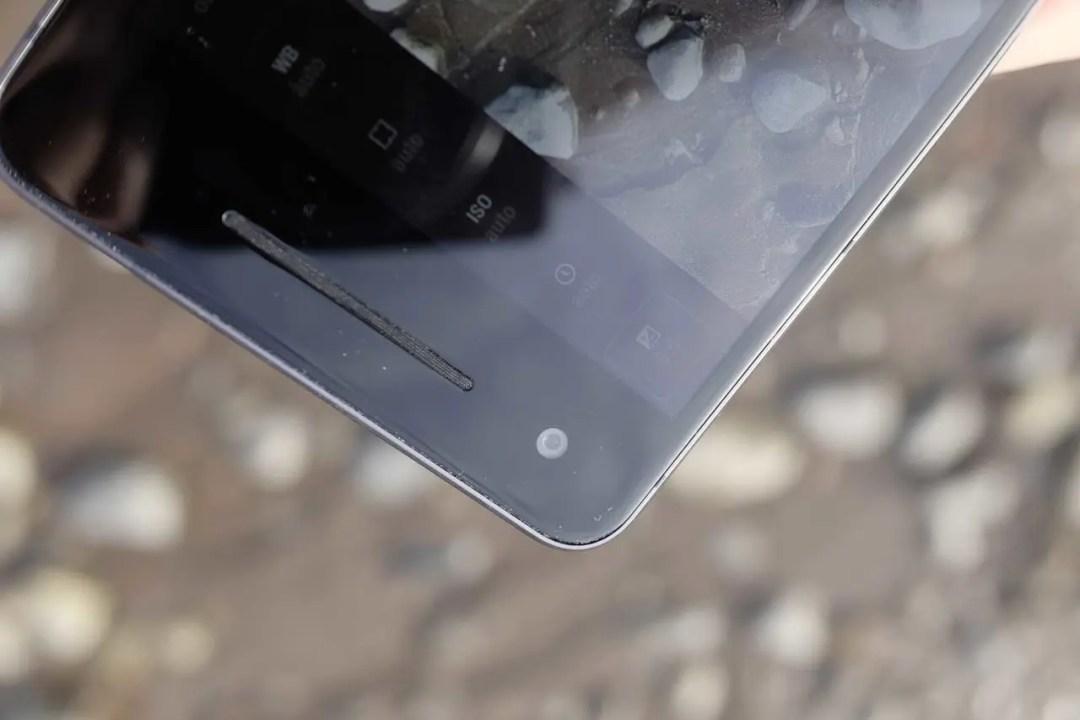 Google Pixel 2 Camera Review: build & handling