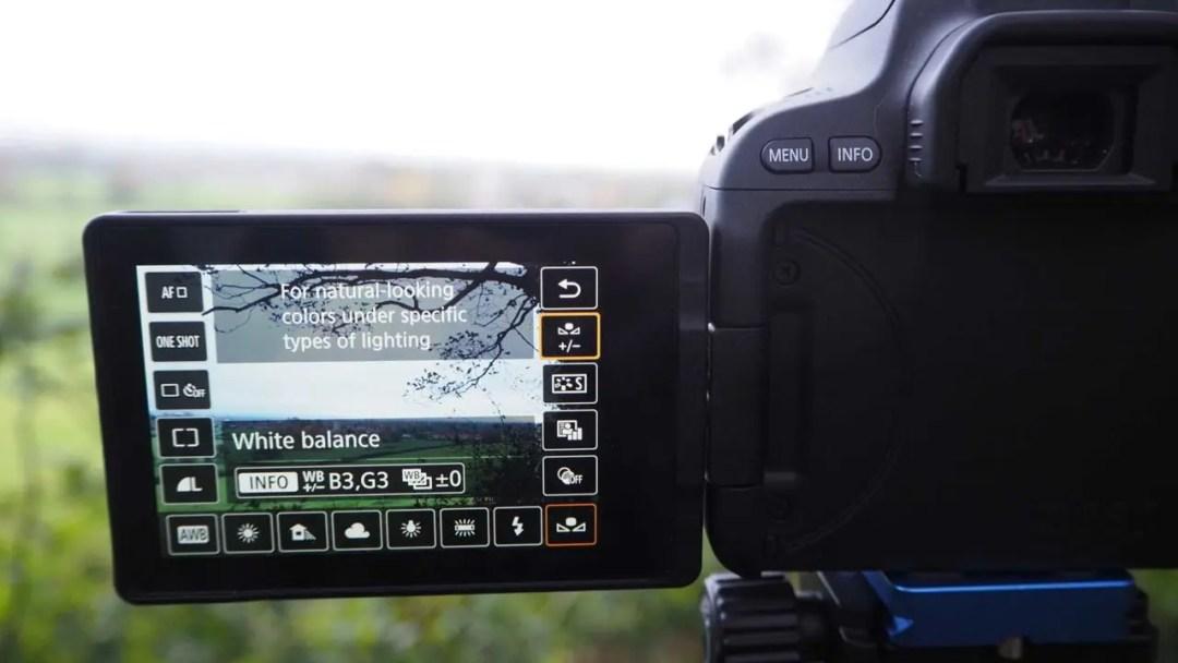 Setting a cuSetting a custom white balance in the Canon EOS 200D / Rebel SL2 in Standard Menustom white balance in the Canon 200D / Rebel SL2