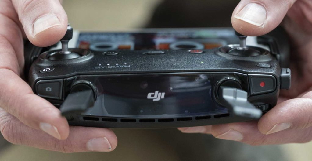 DJI Mavic Air Review: The controller