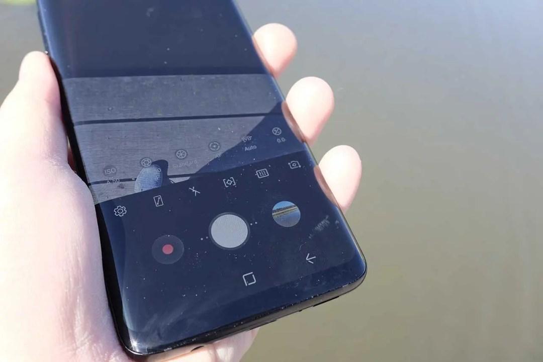 Samsung S9 Camera Review: build quality