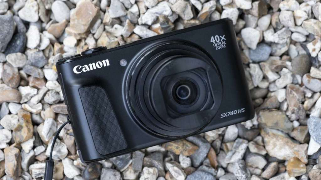 Canon PowerShot SX740 HS Review