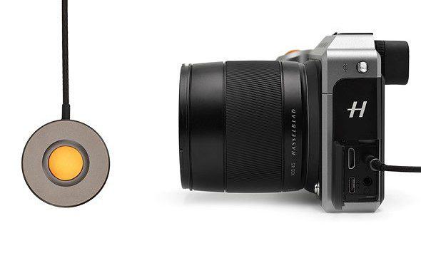 Hasselblad X1D gets new cable release, battery charge hub