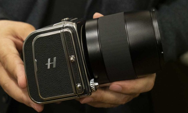 Hasselblad 907X and CFV II 50C Review: First Look