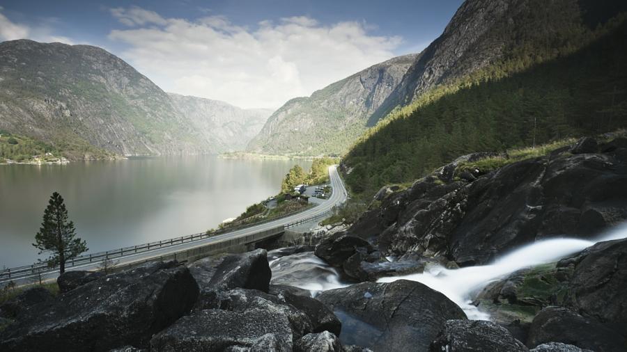 Водопад Лангфосс