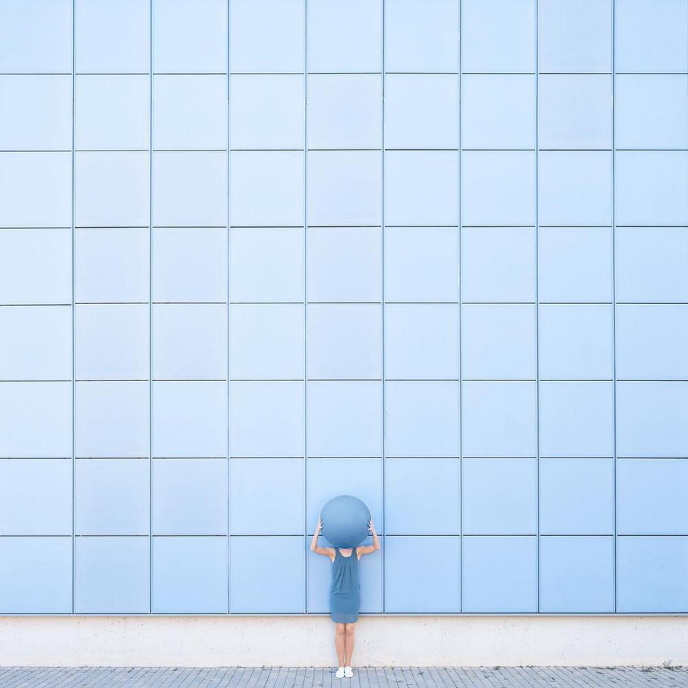 Дуэт фотографов путешествует по миру и снимает креативные архитектурные портреты  8