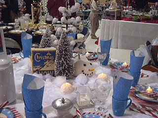 Blue and snow men adorn this lovely table, photo by Lorelle VanFossen