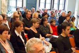 Publika.
