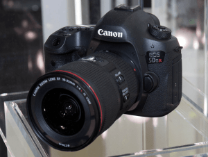 Canon EOS-5DS R Manual User Guide.