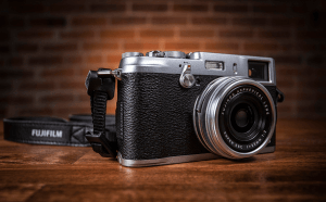 FUJIFILM X100S Manual, a Manual of Fuji's High Class Camera