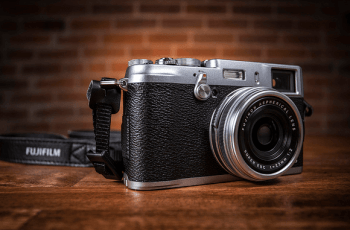 FUJIFILM X100S Manual, a Manual of Fuji's High Class Camera 1