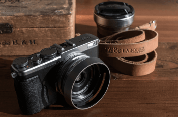 FUJIFILM X70 Camera Manual User Guide PDF 1