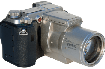 Olympus C-2100 Ultra Zoom Manual User Gide and Specification 1